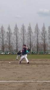 草野球のピッチング